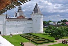 Goldener Ring von Russland Rostow Veliky Ansicht der Annahme-Kathedrale des Rostows der Kreml Lizenzfreie Stockfotos