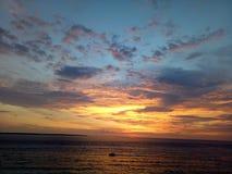 Goldener Sonnenuntergang lizenzfreies stockfoto
