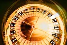 Goldener spielender Aufbau Stockfoto