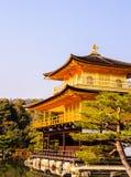 Goldener Tempel in der Wintersaison Stockfotografie