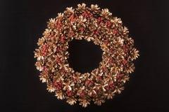 Goldener Weihnachtswreath Lizenzfreies Stockfoto