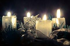 Goldenes Advent Wreath Stockfoto