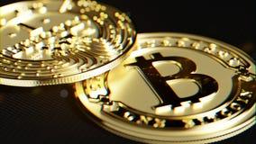 Goldenes Bitcoin Linsenverzerrung und chromatischer Effekt 3D Makro r Stockfotos