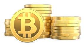 Goldenes Bitcoins und neues virtuelles Geldkonzept, Wiedergabe 3d lokalisiert auf weißem Hintergrund Stapel vieler Goldmünzen mit Lizenzfreie Stockfotografie