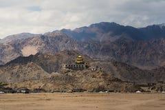 Goldenes Dachkloster in Leh Ladakh Stockbild