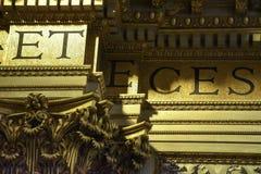 Goldenes Detail des Innenraums der Basilika von Sant 'Andrea della Valle, ein Ort der Katholisch-römischen Anbetung lizenzfreie stockbilder