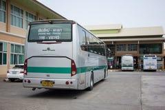 Goldenes Dragon Bus von Greenbus Company Weg zwischen Chiangmai Lizenzfreie Stockbilder