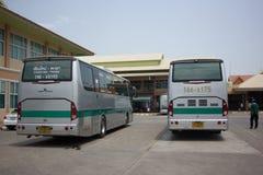 Goldenes Dragon Bus von Greenbus Company Weg zwischen Chiangmai Lizenzfreie Stockfotos