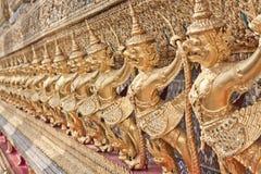 Goldenes Garuda Lizenzfreie Stockfotografie