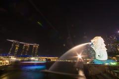 Goldenes Licht morgens an Park Singapurs Marina Bay Merlion Stockbilder