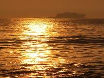 Goldenes Meer Stockbild