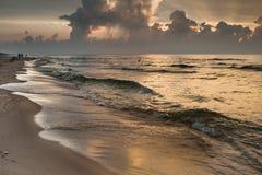 Goldenes Meer Lizenzfreies Stockbild