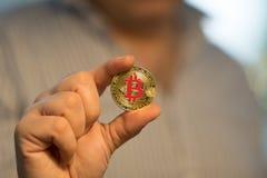 Goldenes neues virtuelles Geld Bitcoins Stockfotos