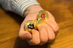 Goldenes neues virtuelles Geld Bitcoins Lizenzfreie Stockbilder