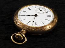 Goldenes pocketwatch Stockfotografie