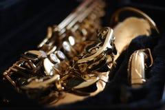 Goldenes Saxophon Lizenzfreie Stockfotos