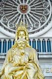 Goldenes Schätzchen Jesus und Mutter Mary Stockfotografie