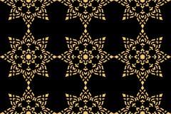 Goldenes siamesisches Artmuster lizenzfreies stockbild