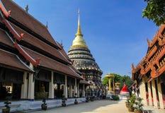 Goldenes stupa im lumpang Lizenzfreies Stockfoto