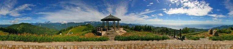 goldern панорама taiwan иглы горы стоковые фото