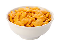 Goldfisch-Cracker in einem weißen Teller Stockfotografie