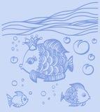 Goldfische mit einer Krone in der Seeumwelt Lizenzfreie Stockfotografie