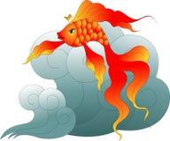 Goldfish z niebieskimi oczami na błękitnej fala Fotografia Stock