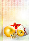 Goldish Weihnachtshintergrund stockbilder