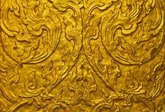 Goldlack auf Tempel lizenzfreies stockfoto