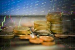 GOLDMÜNZE-Wertpapiergeschäftdiagrammdiagramme Devisen der auf Lager Handelsvon Zukunft der Finanzbrettanzeige auf Lager lizenzfreie abbildung