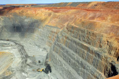 Goldmine of Kalgoorlie. The Super Pit (in), 3.8 km length, 2 km broad and 400 m of depth, are the largest goldmine with open sky of Australia. It is very close Royalty Free Stock Photos