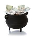 Goldschatz: Lokalisierter Topf voll US-Währung Stockbild