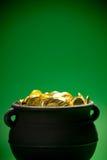 Goldschatz: Schließen Sie oben von den Goldmünzen Stockfoto
