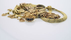 Goldschmuck stock video