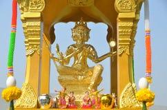 Goldstatue von Brahma Lizenzfreie Stockfotos