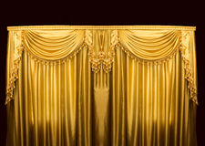 Goldvorhänge auf Stadium stockfoto