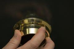 Goldwölbung Kombinationsvorwahlknopf lizenzfreie stockbilder