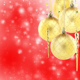 Goldweihnachtsbaumdekorationen Stockfotos