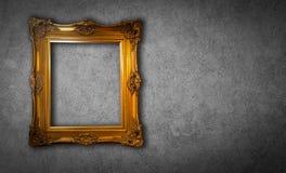Goldweinlesefotorahmen-Grauhintergrund Stockfotos