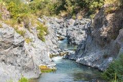 Gole dell'Alcantara i Sicilien, Italien Arkivbilder