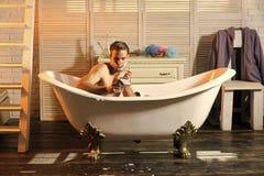 Golenie, fryzjer męski, zakład fryzjerski fotografia royalty free