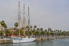 Goleta Santa Eulalia en el puerto deportivo en el puerto, Barcelona foto de archivo libre de regalías