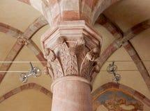 Goleto - huvudstäder av kapellet av San Luca Arkivfoto