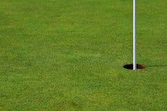 golf правильная позиция отверстия стоковое изображение rf