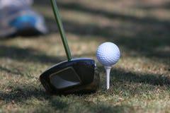 golf av teeing Fotografering för Bildbyråer