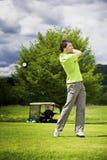 golf av teeing för spelare Fotografering för Bildbyråer