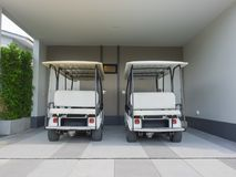 Free Golf Cart, Electric Car In House Area, Parking Lot Waiting To Be Used As A Shuttle Service Stock Photography - 161419682