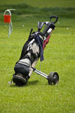 Golf Club Bag & Mobile Buggy Royalty Free Stock Images