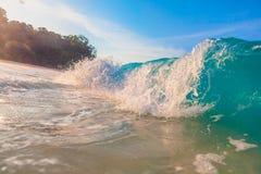 Golf dichte omhooggaand met zongloed stock afbeelding