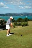 Golf - el direccionamiento fotografía de archivo